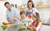 Eating Healthy at Home: Tips to Feed Your Family While Social Distancing