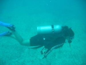 Dr. Yakhmi is a certified Open Water Diver, and says she enjoys anything involving water, including swimming and kayaking.
