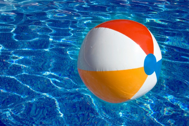 beach ball classic - 750×500